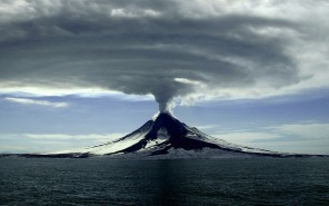 alaska-volcano_161105-1920x1200