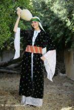 f3eae6c982e68526ed01f3f1ae3c0a20--palestinian-embroidery-middle-east