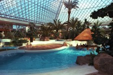 25781it-Pyramid-pool-water05