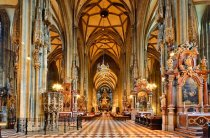 interior-stephansdom